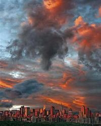 Poster - Clouds over New York City  Enmarcado de laminas